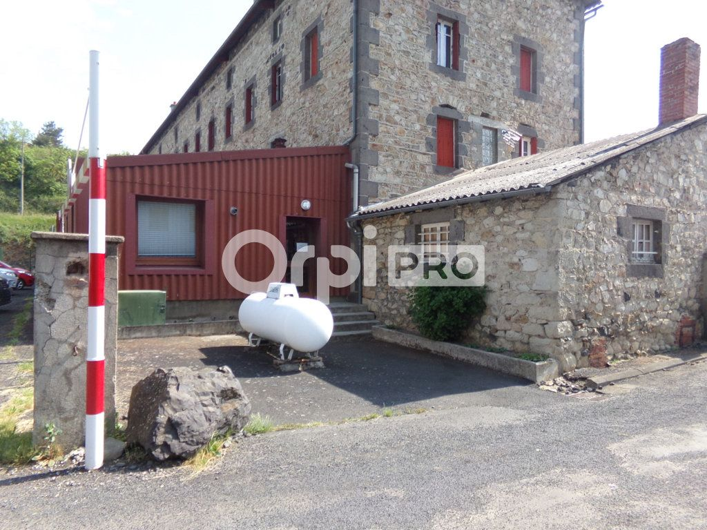 Bureaux à vendre 90m2 à Saint-Flour