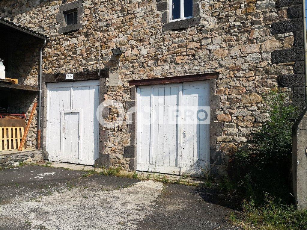 Entrepôt à louer 205m2 à Saint-Flour