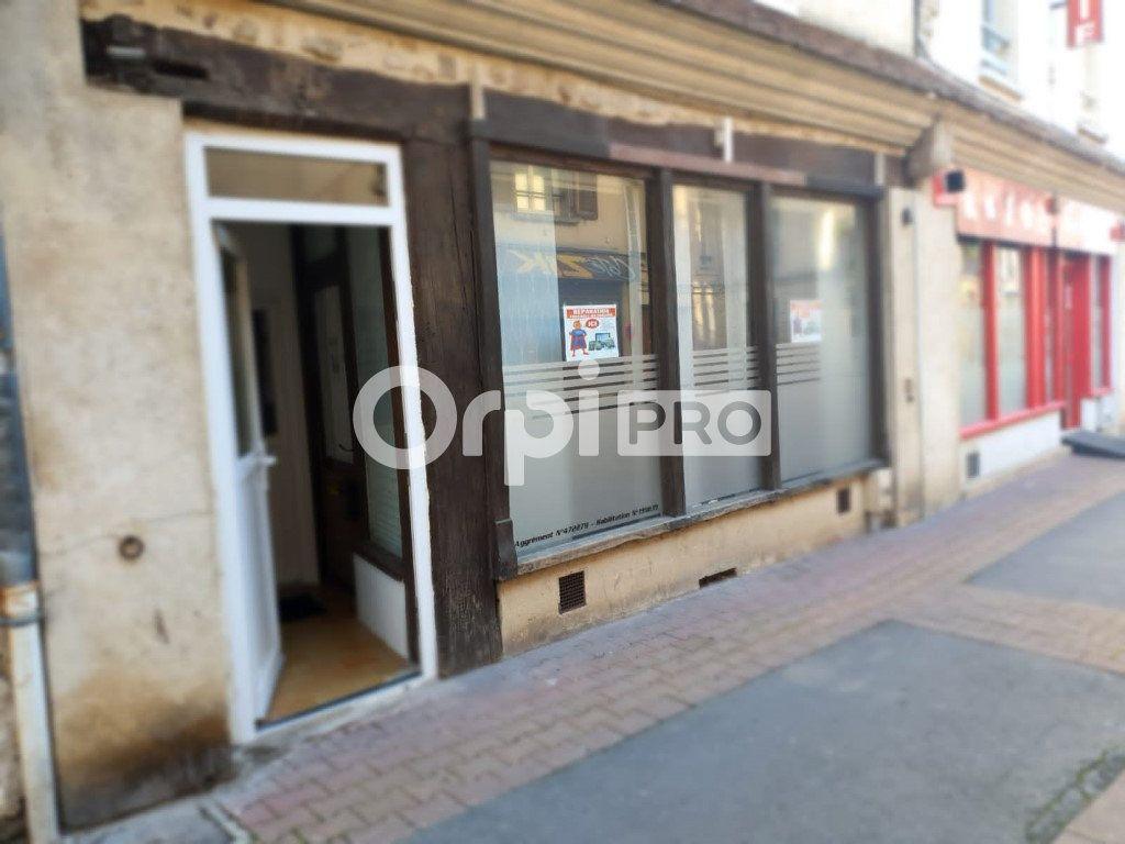 Local commercial à louer 0m2 à Château-Thierry