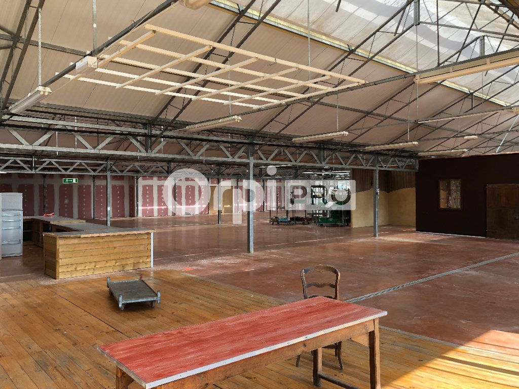 Local commercial à vendre 2268m2 à Barcelonne-du-Gers