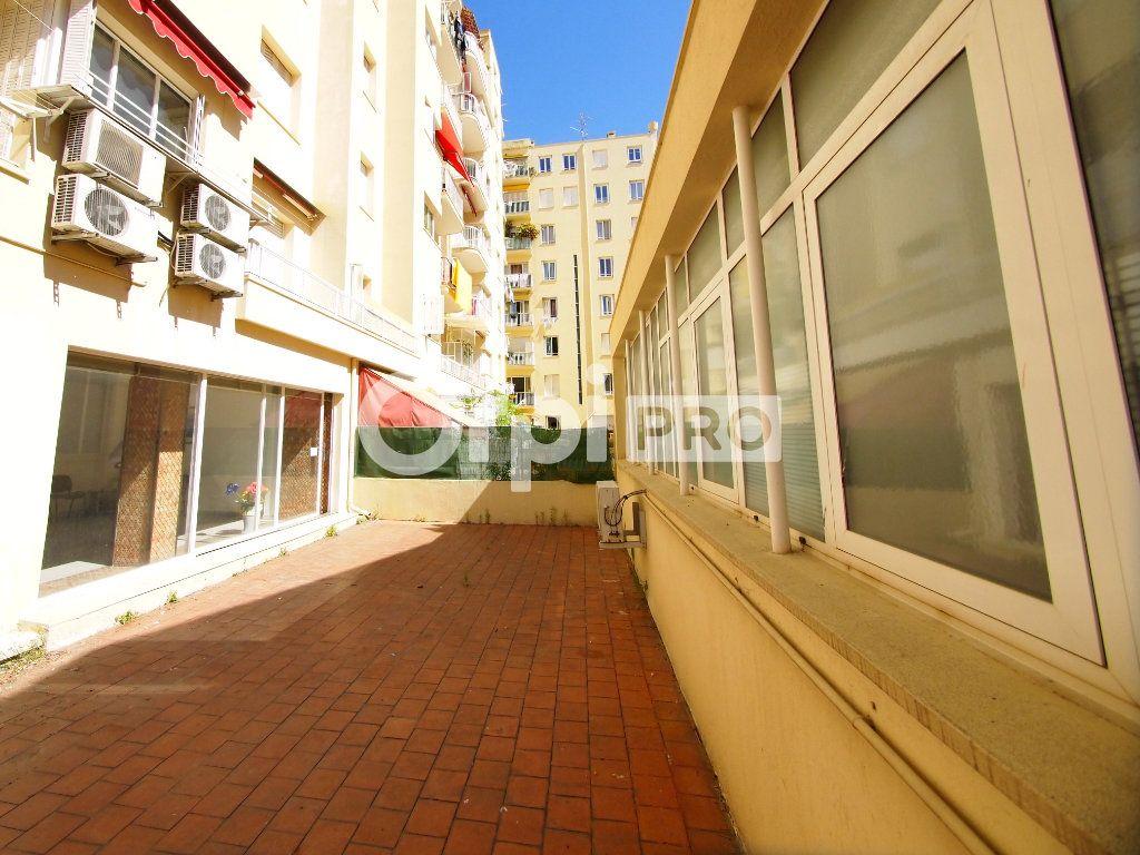 Local commercial à vendre 123m2 à Nice