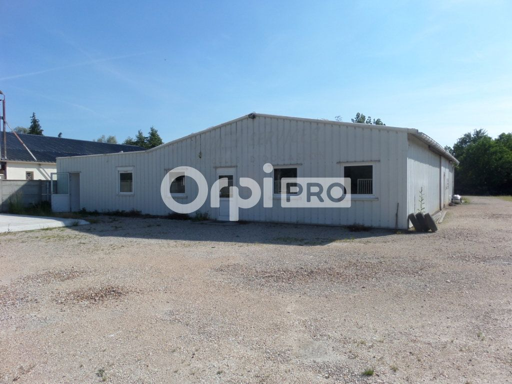 Local d'activité à vendre 250m2 à Souppes-sur-Loing