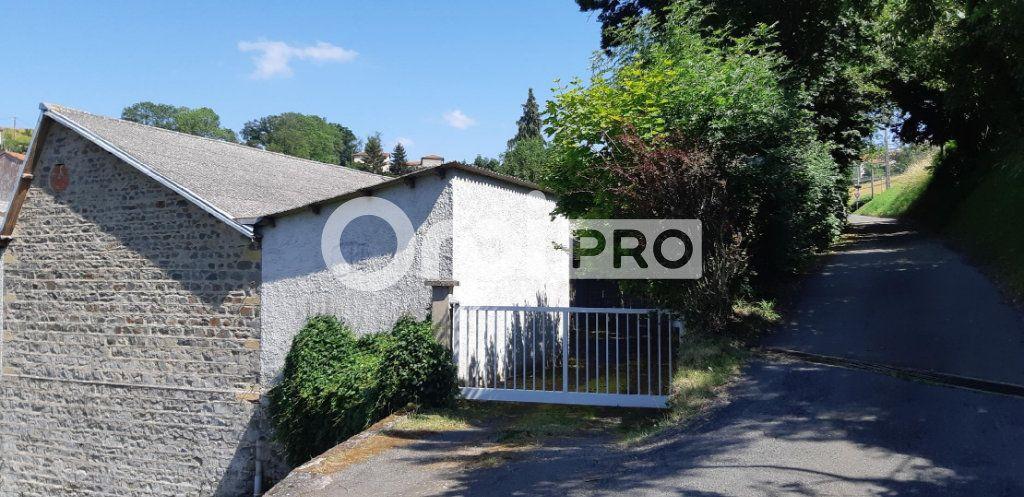 Entrepôt à vendre 800m2 à Sainte-Colombe-sur-Gand