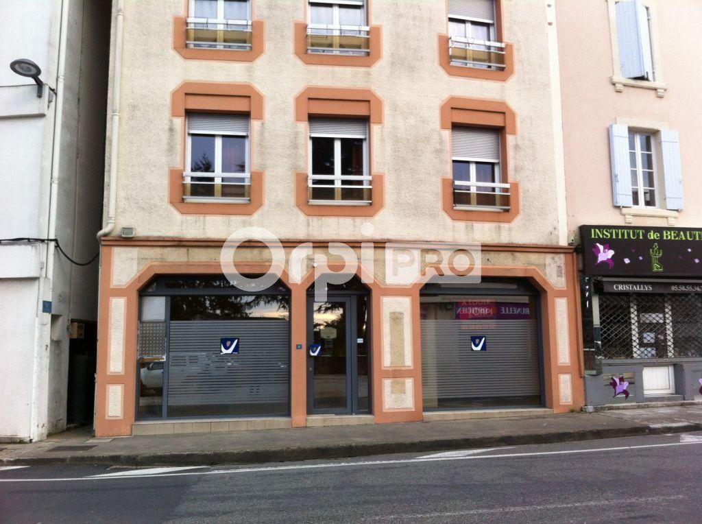 Local commercial à louer 67m2 à Pomarez