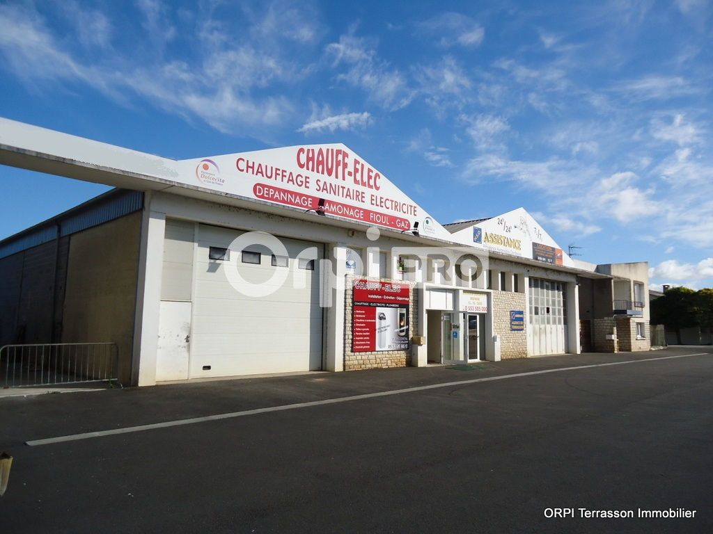 Local commercial à vendre 1160m2 à Terrasson-Lavilledieu