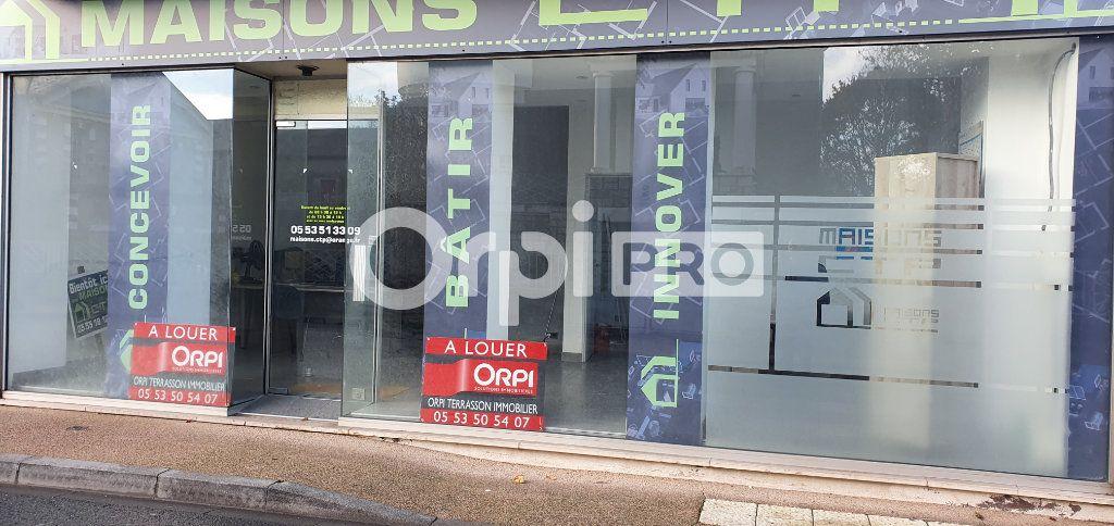 Local commercial à louer 90m2 à Terrasson-Lavilledieu