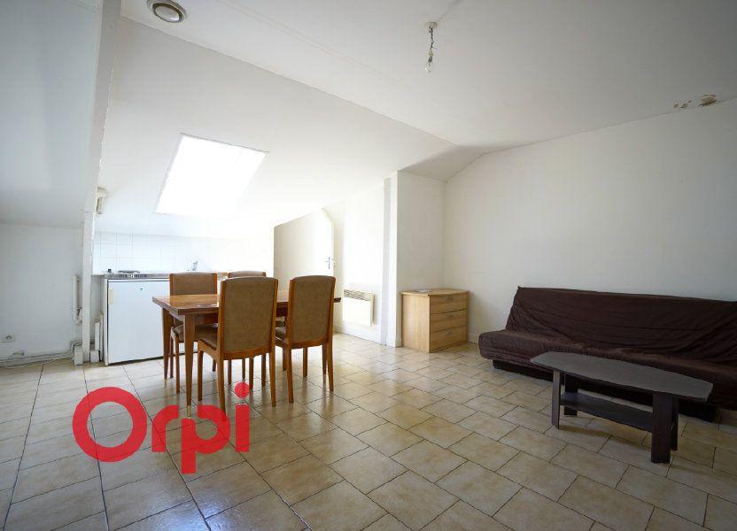Appartement à louer 25.96m2 à Bernay