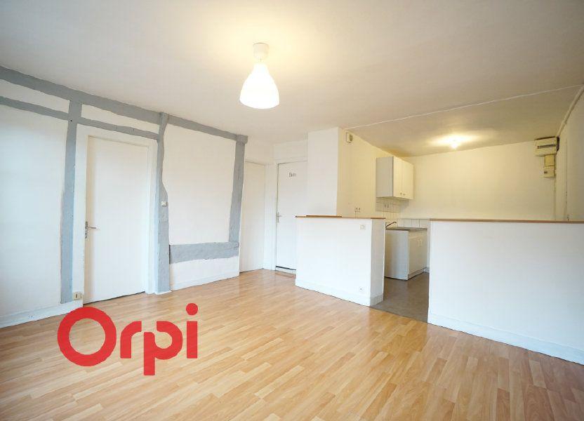 Appartement à louer 51.2m2 à Bernay