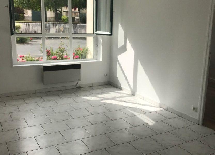 Appartement à louer 33.51m2 à Moussy-le-Vieux