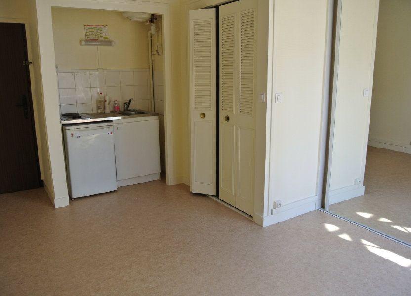 Appartement à louer 18.2m2 à Senlis