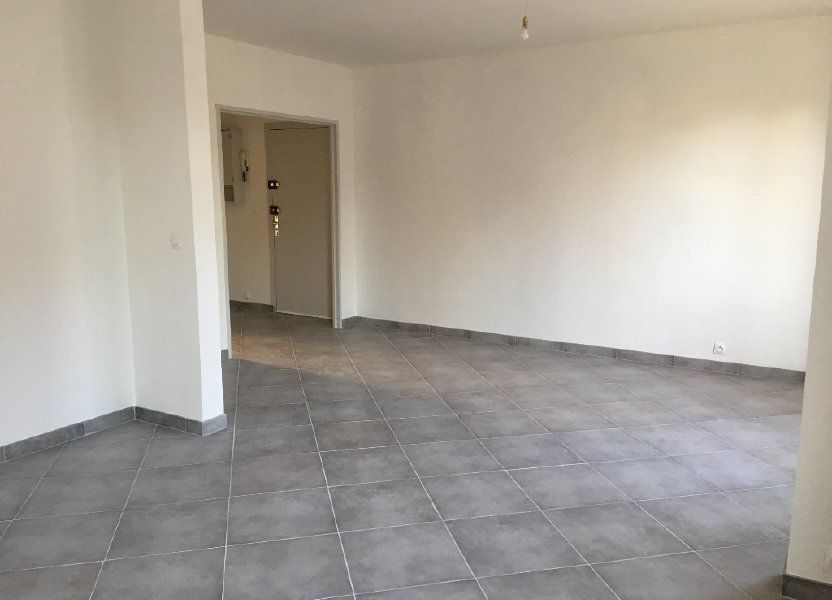 Appartement à louer 63m2 à Senlis