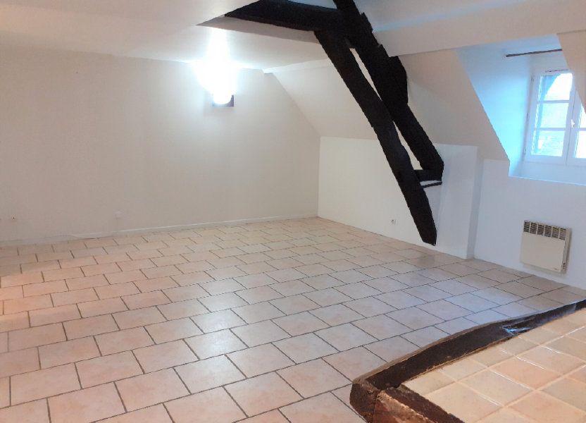 Appartement à louer 60.8m2 à Senlis