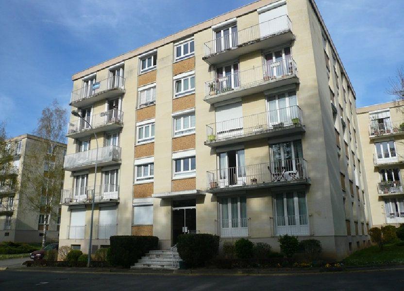 Appartement à louer 74m2 à Senlis