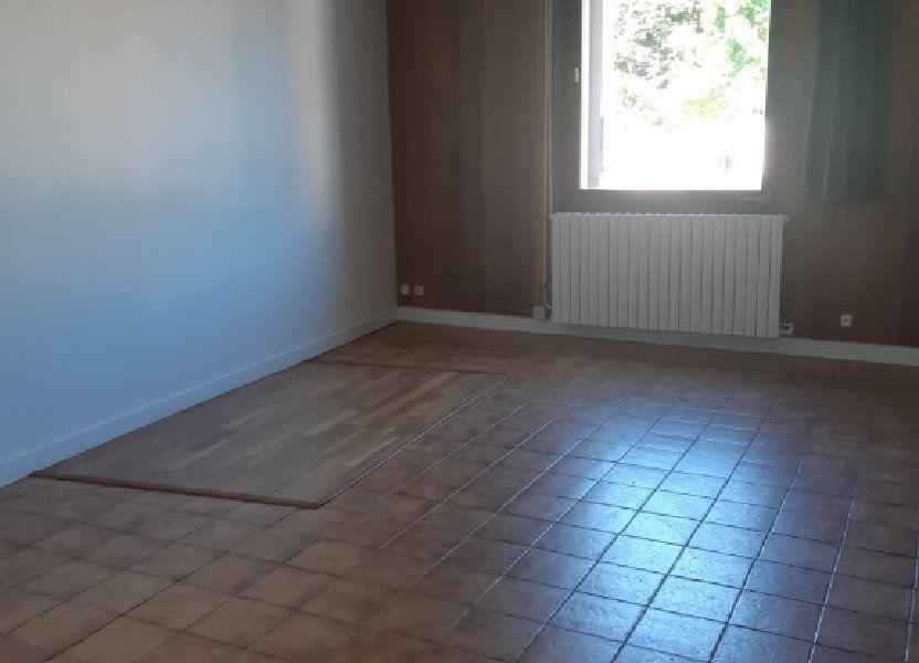 Appartement à louer 31.86m2 à Rouvres