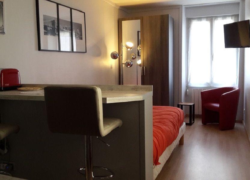 Appartement à louer 17.65m2 à Senlis