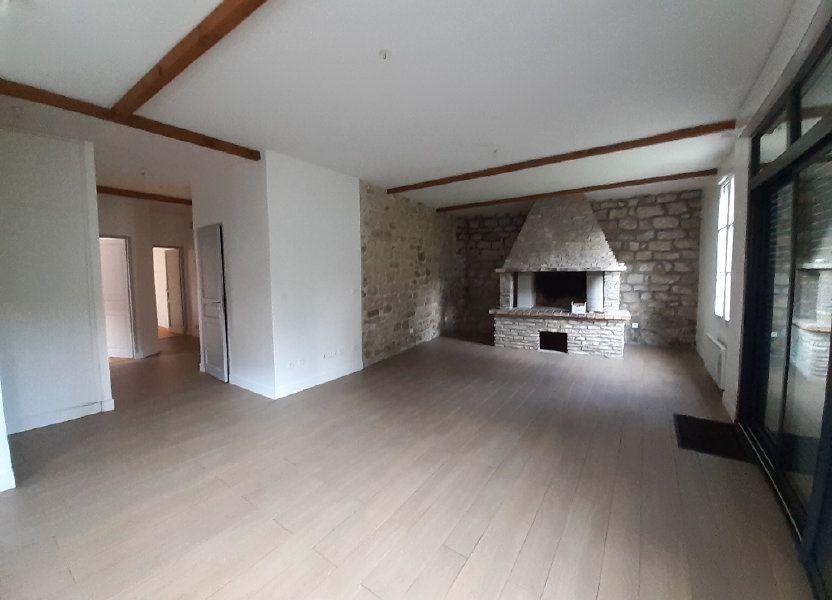Appartement à louer 78.72m2 à Ermenonville