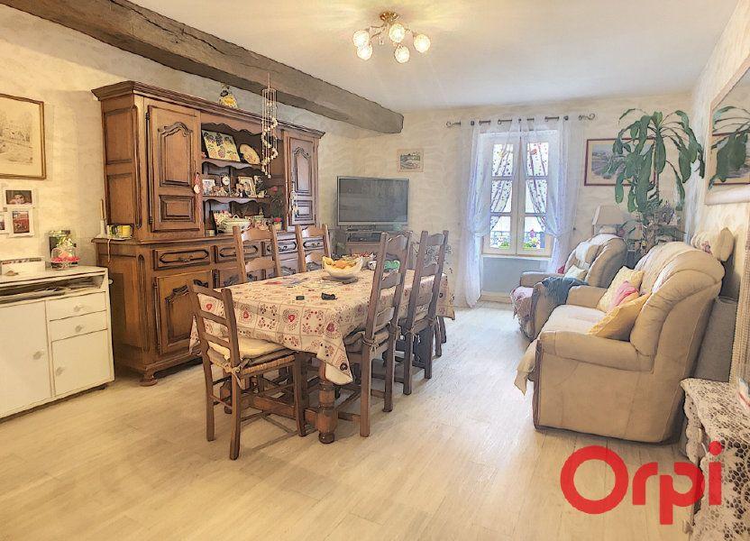 Appartement à vendre 82m2 à Saint-Amand-Montrond