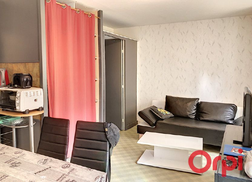 Immeuble à vendre 0m2 à Néris-les-Bains