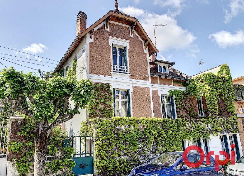 Maison à vendre 164.43m2 à Néris-les-Bains