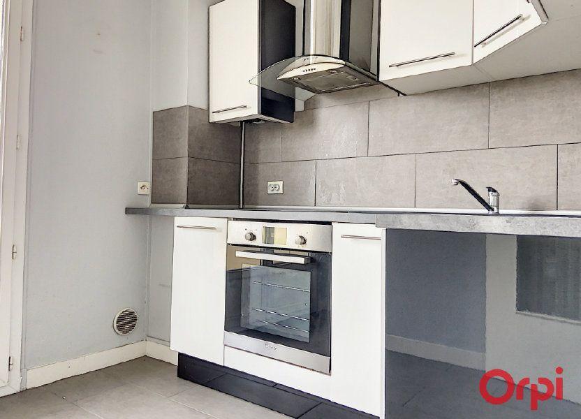 Appartement à vendre 62.86m2 à Montluçon
