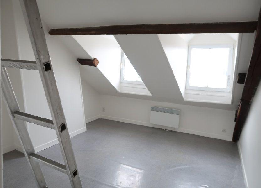 Appartement à louer 34m2 à Saint-Quentin