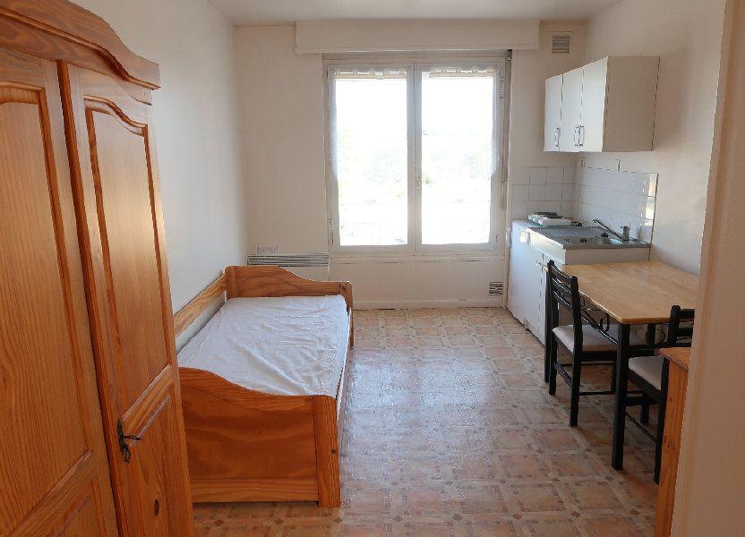 Appartement à louer 17.11m2 à Saint-Quentin