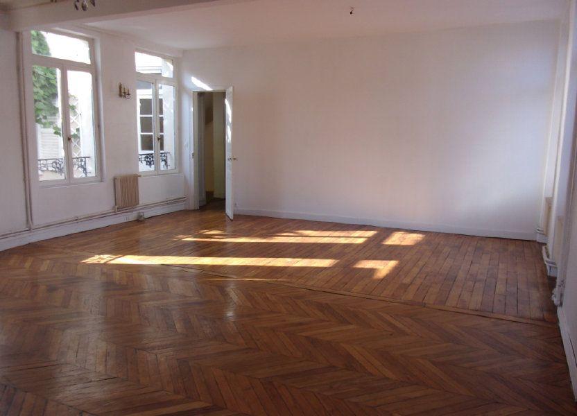 Appartement à louer 108m2 à Saint-Quentin