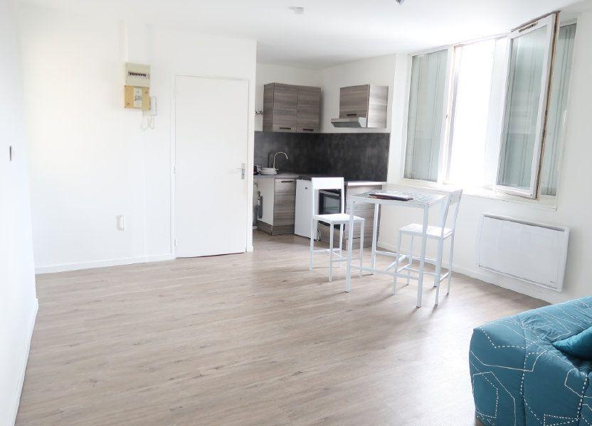Appartement à louer 26m2 à Saint-Quentin