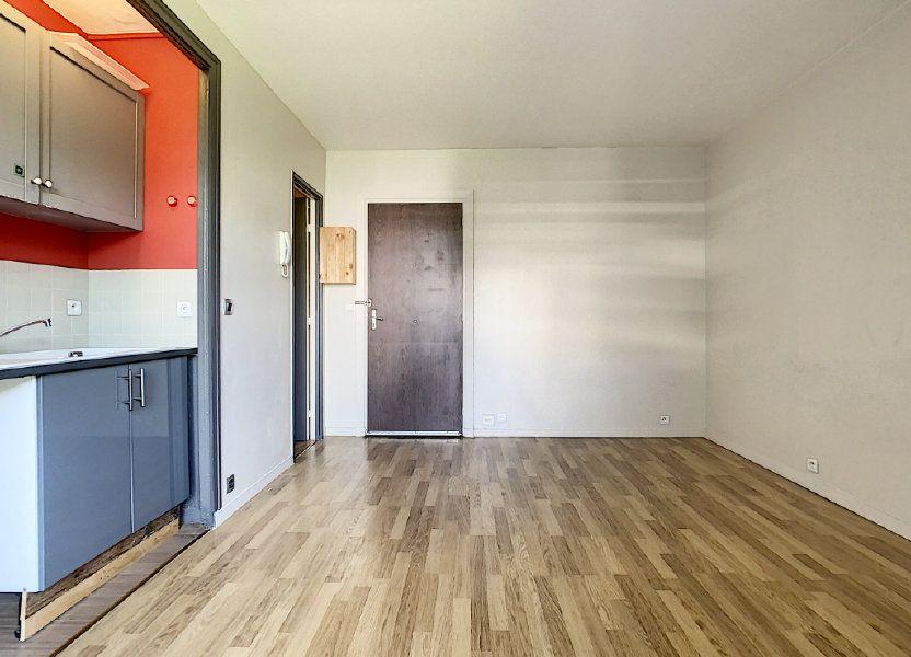 Appartement à louer 17.41m2 à Saint-Maurice