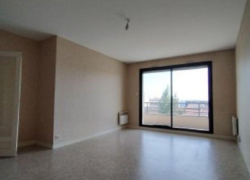 Appartement à louer 76.19m2 à Limoges