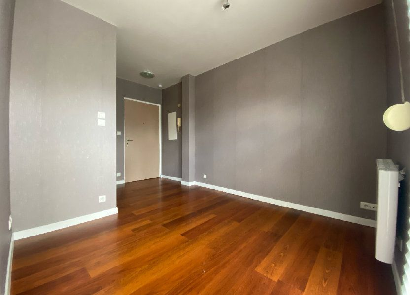 Appartement à louer 18m2 à Conches-en-Ouche