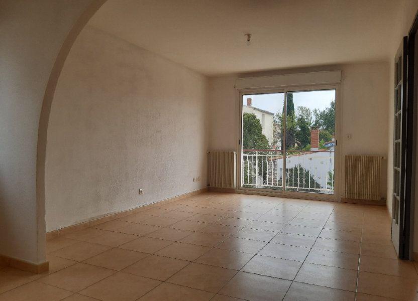 Appartement à louer 70m2 à Pomérols