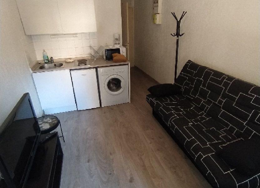 Appartement à louer 17m2 à Salon-de-Provence