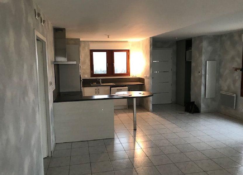Appartement à louer 79.7m2 à Saint-Martin-de-Crau