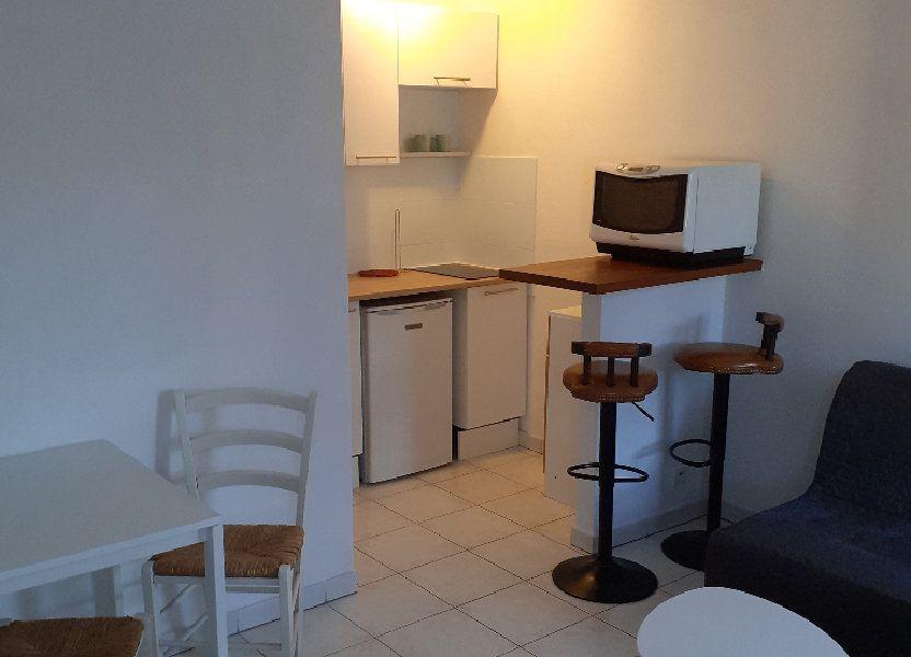 Appartement à louer 23.2m2 à Salon-de-Provence