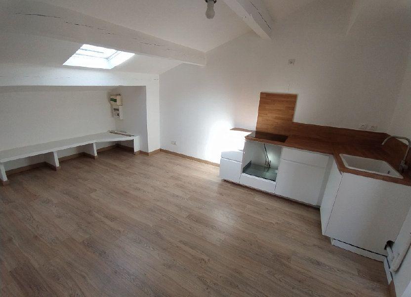 Appartement à louer 33.08m2 à Istres