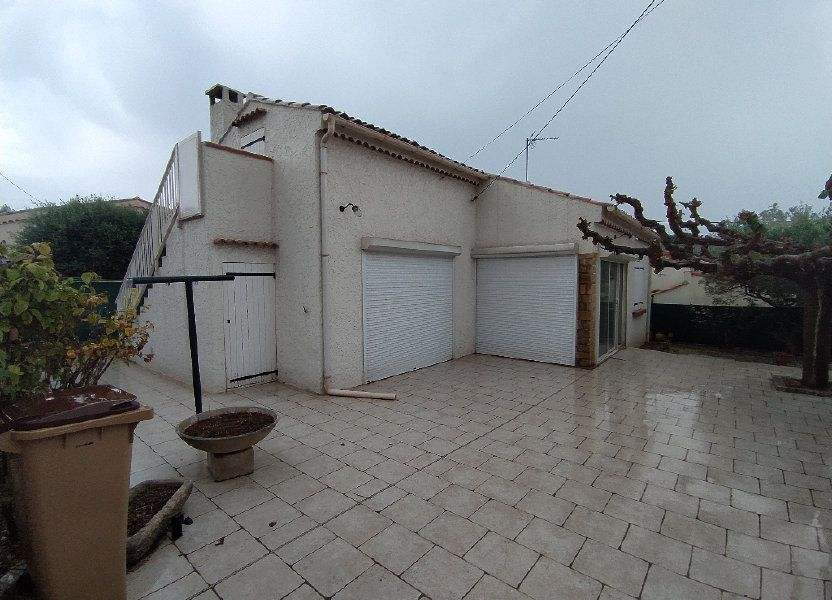 Maison à louer 69.96m2 à Saint-Mitre-les-Remparts