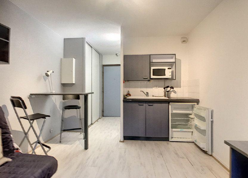 Appartement à louer 18.28m2 à Lille