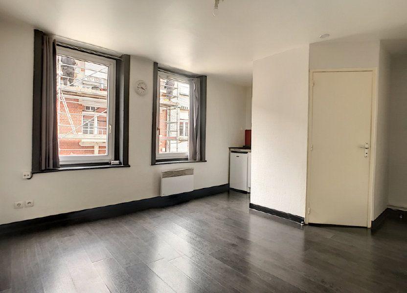 Appartement à louer 17.04m2 à Lille