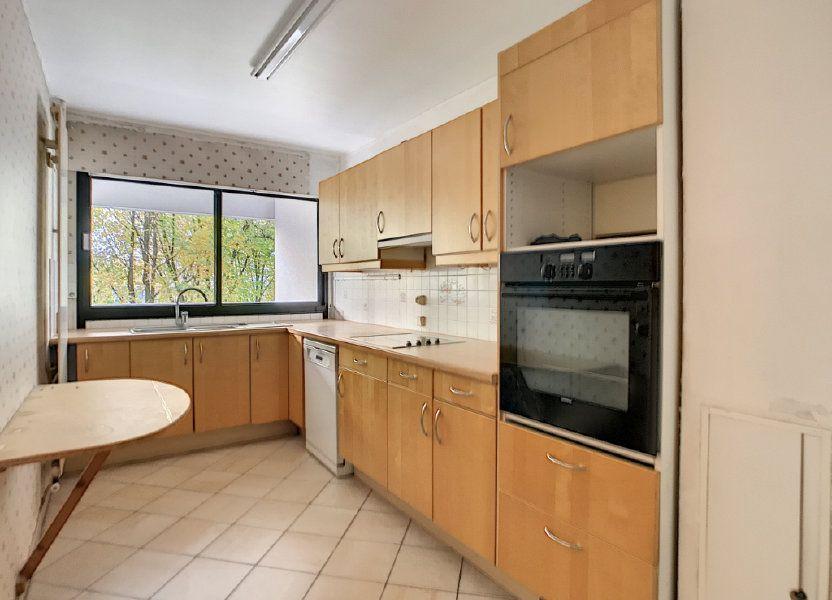 Appartement à louer 85.42m2 à Mons-en-Baroeul