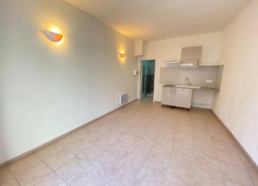 Appartement à louer 21.65m2 à Saint-Brès