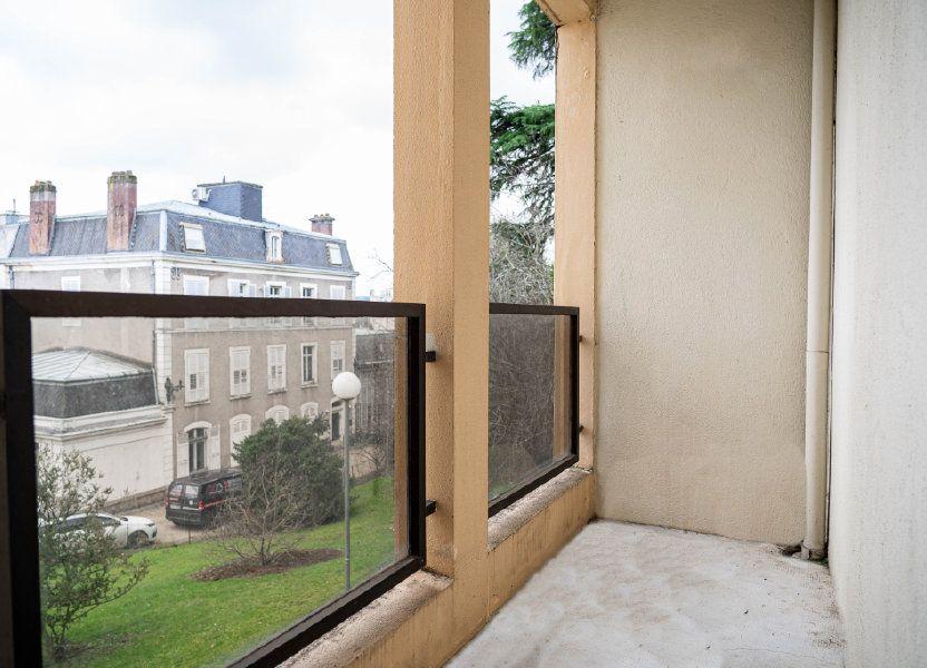 Appartement à louer 60m2 à Limoges
