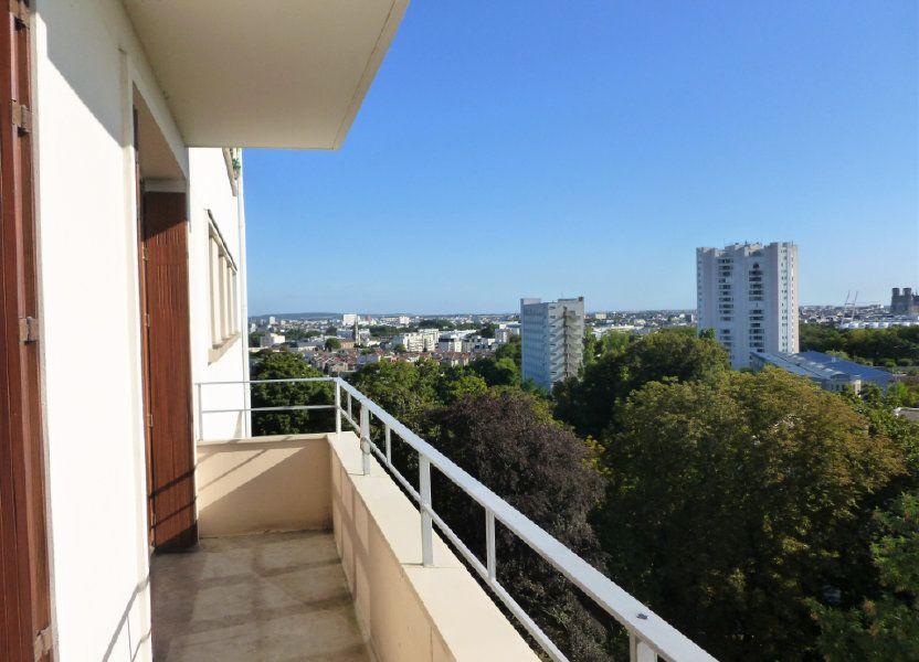 Appartement à louer 54.8m2 à Reims
