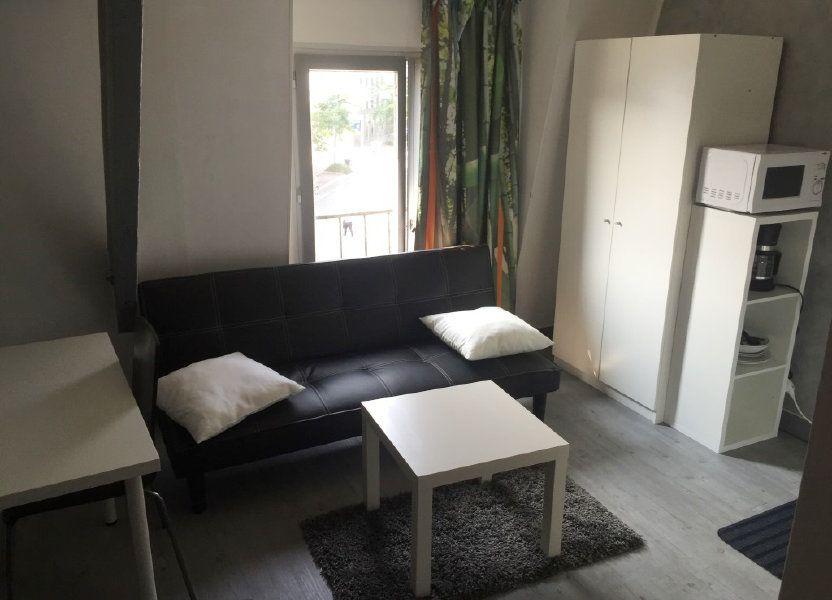 Appartement à louer 11m2 à Reims