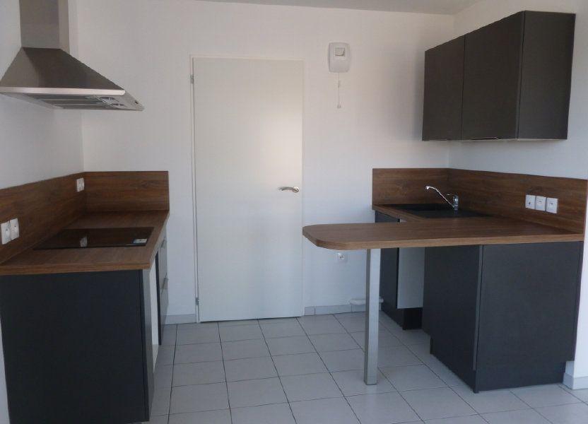 Appartement à louer 68.6m2 à Reims