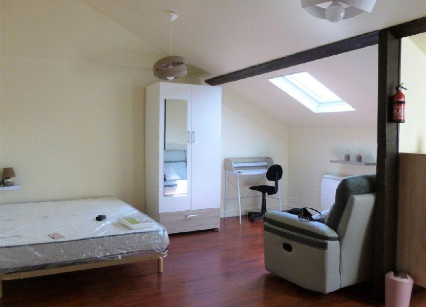 Appartement à louer 23m2 à Reims