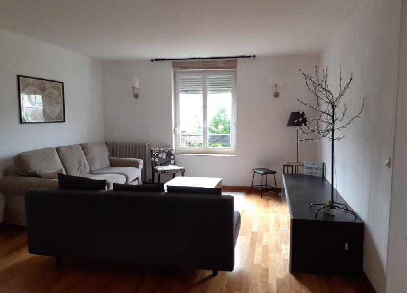 Appartement à louer 82.6m2 à Reims