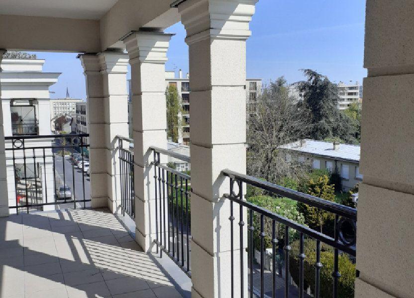 Appartement à louer 82.76m2 à Reims