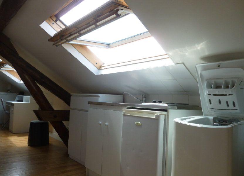 Appartement à louer 25m2 à Reims