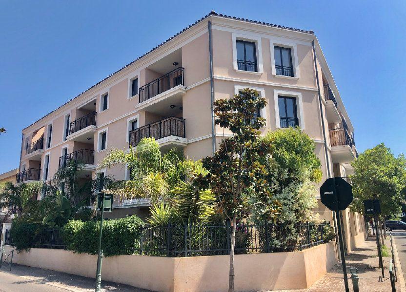 Appartement à vendre 88m2 à Sanary-sur-Mer